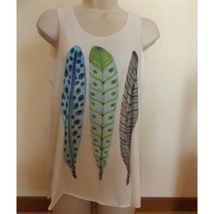 Tops - Boho Feather Print Tank Top Size S/M